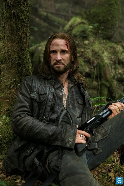 Colin Cunninghan as John Pope in Falling Skies