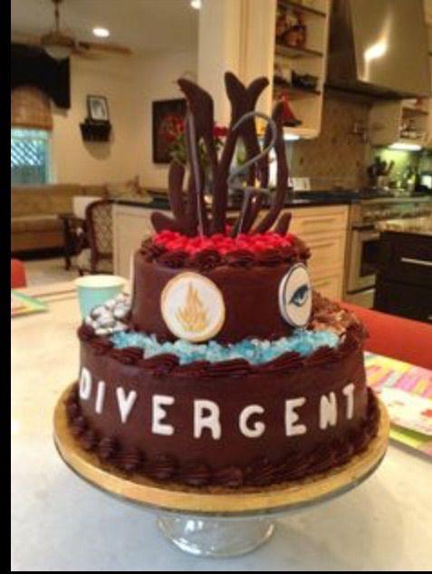 Cake Divergent Cakedivergent Birthdaydivergent
