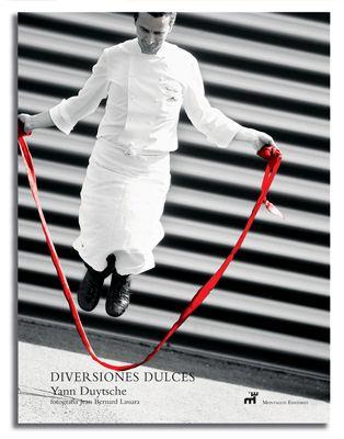 Yann Duytsche |Diversiones Dulces | Ed. Montagud | De la idea de la creación pastelera concebida como un fascinante ejercicio de estilo nace una obra revolucionaria, firmada por un profesional de excepción: Diversiones Dulces, un nuevo acercamiento al universo de la pastelería. #YannDuytsche #Montagud #LibreriaGastronomica