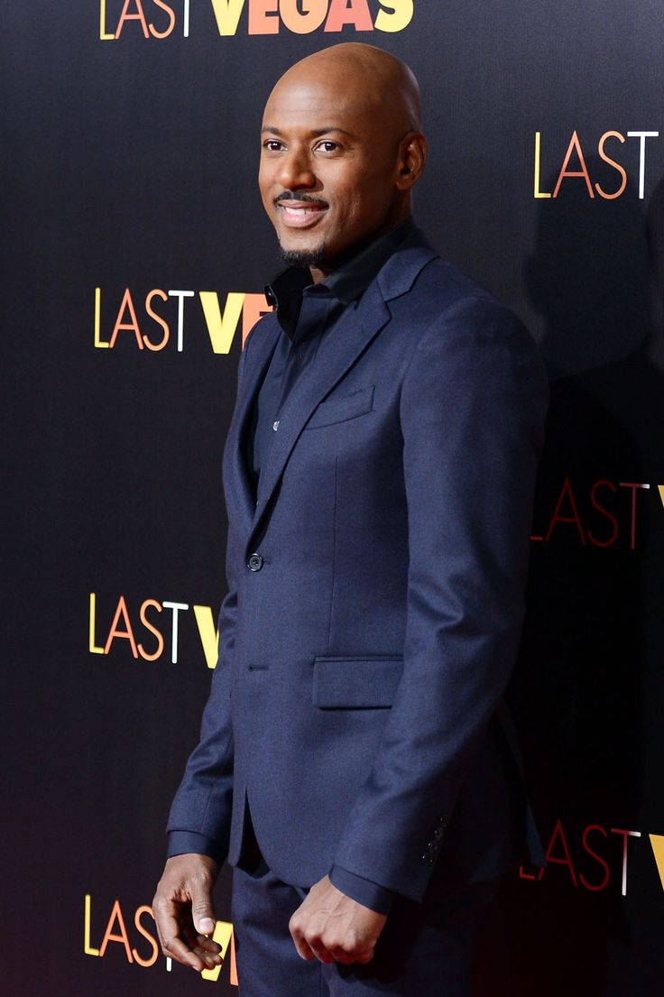 MTV has been showing Think Like a Man and I have finally been pulled into the orbit of Romany Malco. I've been sleeping on him and I am now wide awake! #fablife
