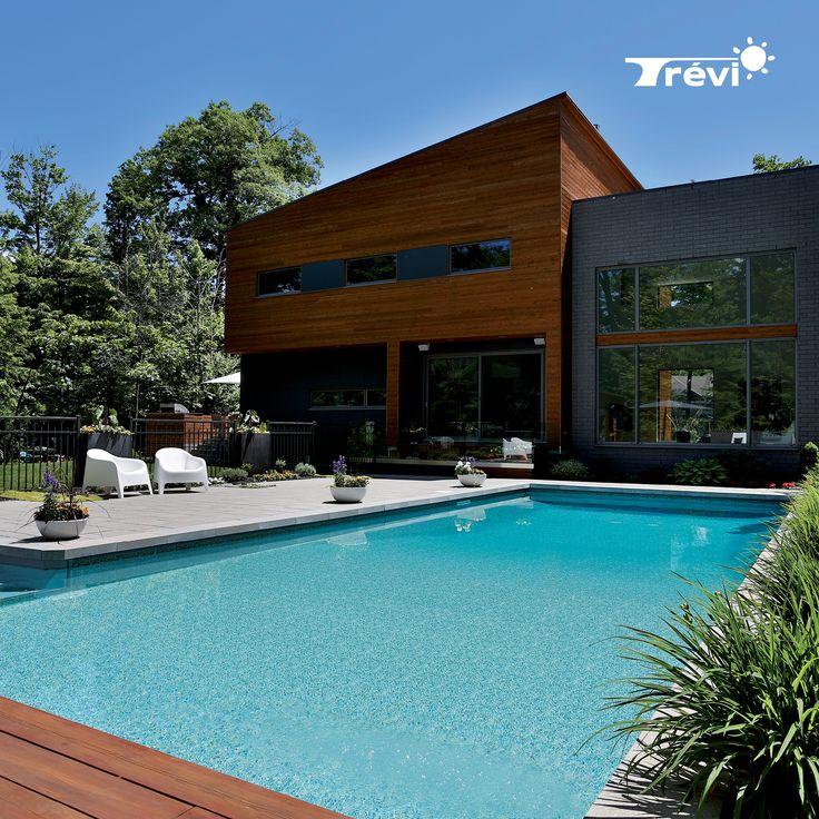 La piscine Trévi Fuzion allie la durabilité et la stabilité du béton et de la résine. Des années de recherche et de développement ont abouti sur une piscine parfaitement adaptée au climat rigoureux de chez nous.