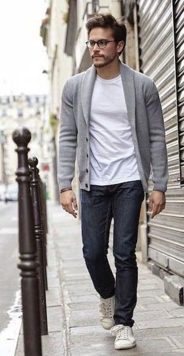 Charming Men Casual Outfit With Cardigan For Fall 28