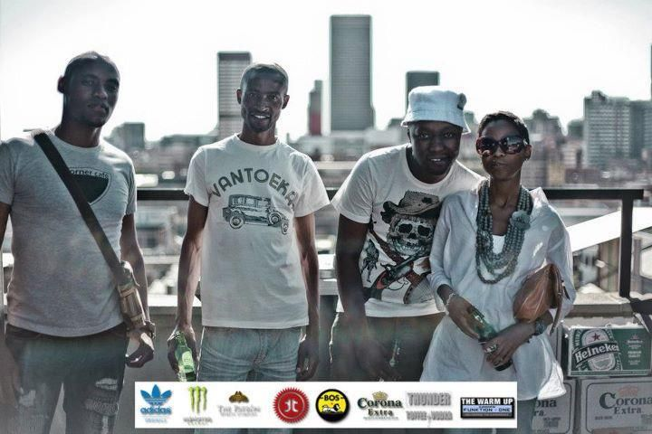 The warm up (south africa/johannesburg rooftop deep house awesome parties) with friends