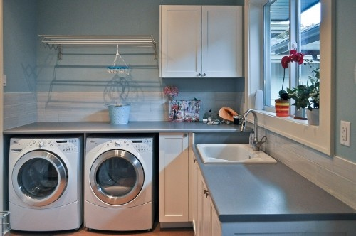 want this laundry room in my new house.....