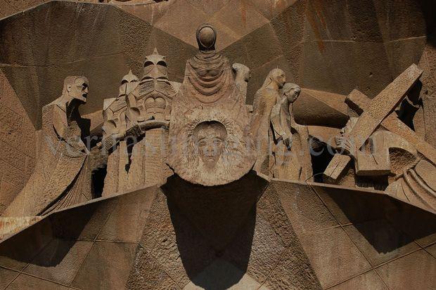 passion-facade-Holy-Shroud-Sagrada-Familia Barcelona Spain
