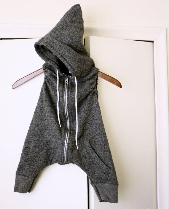 BABY-HOODIE-Strampler grau grau grau Harems Hose von BertieBumsShop