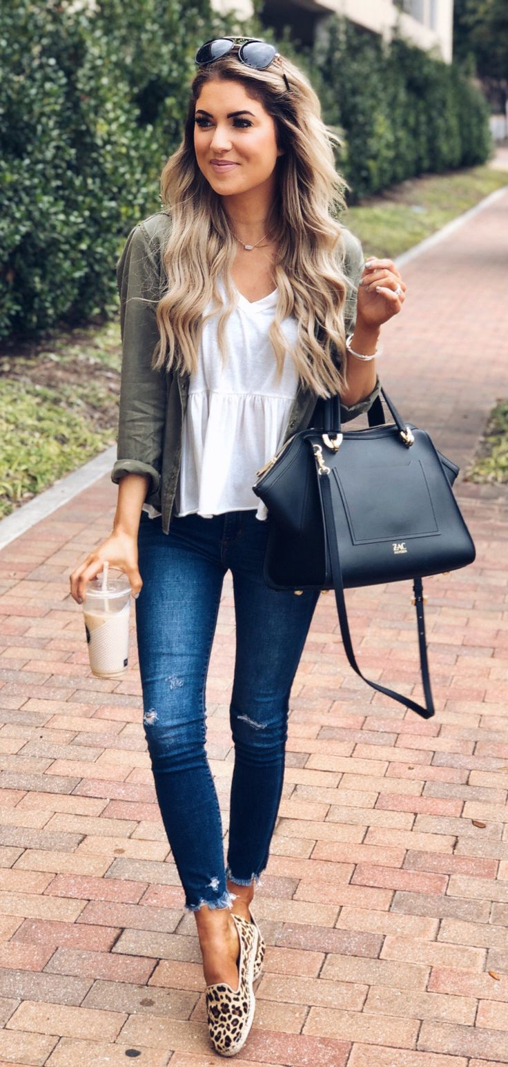 black and white pants #spring #outfits