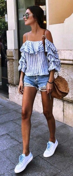 Perfect Day Party Outfits with College Friends ||| Cold shoulder Outfits | 25 Most Repinned Cold Shoulder Outfits and Dresses to Try Right Now