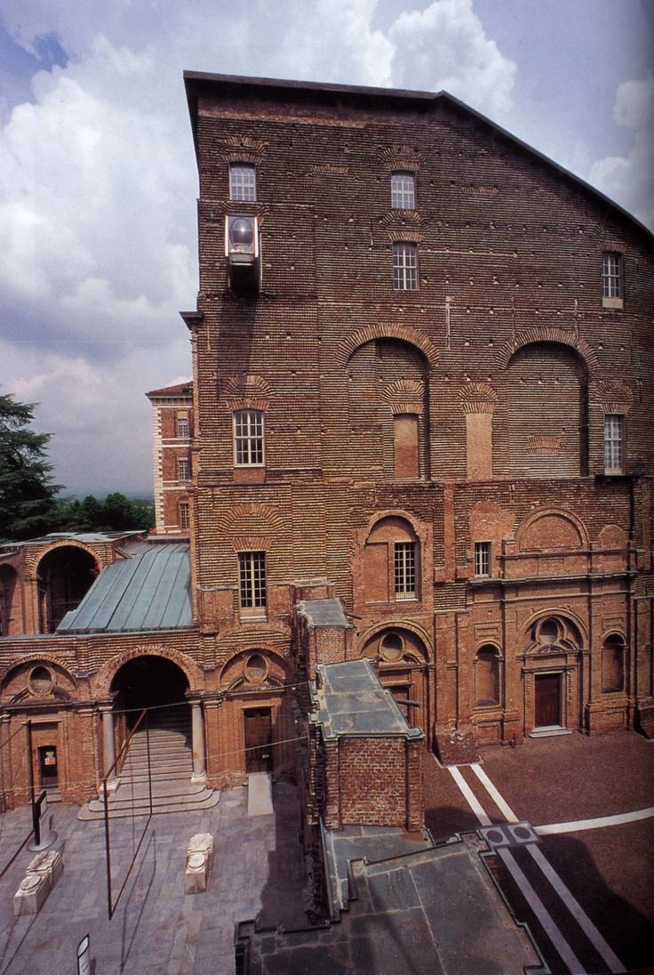 Castello unfished façade