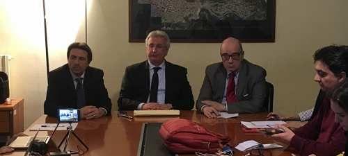Sicilia: #Rete #ospedaliera #Gucciardi: Potenzia non taglia gli ospedali problemi Lea non legati a nosocomi... (link: http://ift.tt/2nA2Ayb )