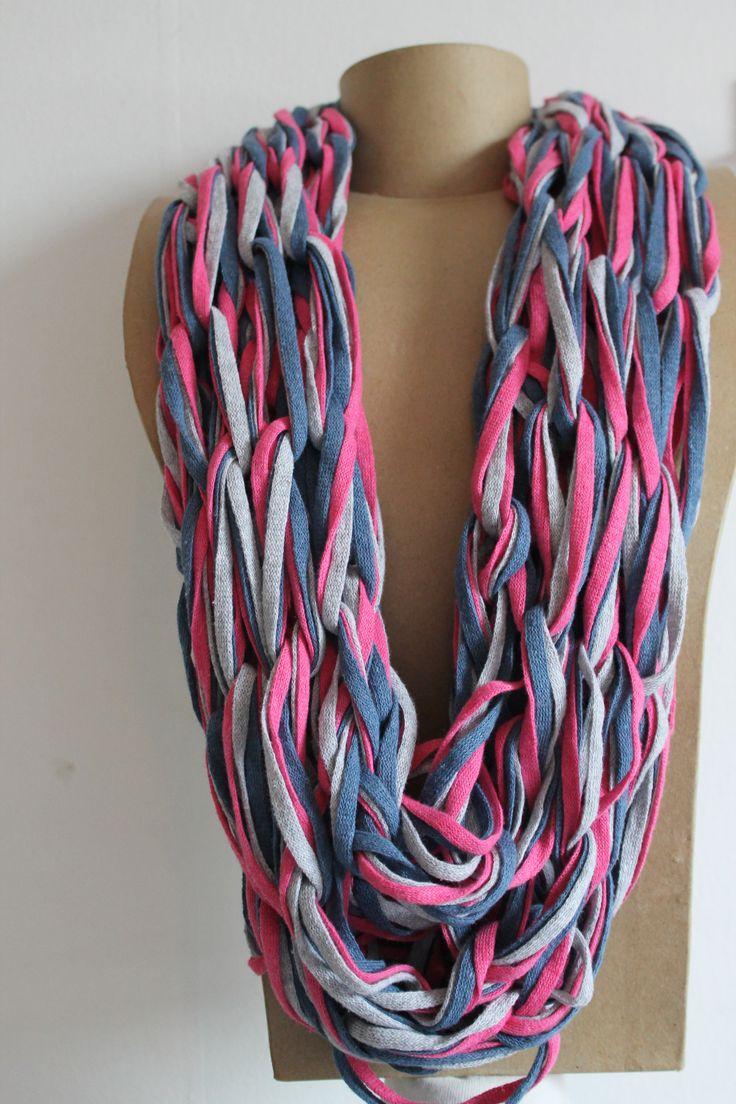 Armknitting with 3 colours Ribbon XL