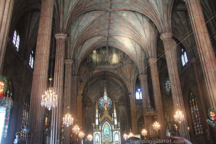 The Basilica of San Sebastian: done in a Gothic revival style, this church has stood in the middle of the city since August of 1891. It contains beautiful stained glass windows, hanging chandeliers, and towering columns that form lofty spires.