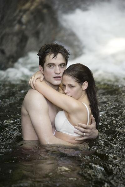 The Twilight Saga: Breaking Dawn - Part 1 set image - Bella & Edward in the waterfall