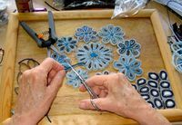 Zipper Works! How to turn recycled zipper teeth into art.2624 x 1823360.2KBstorytimeink.com