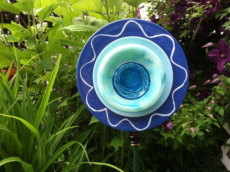 17 best images about my garden plates on pinterest for Recycled glass flowers