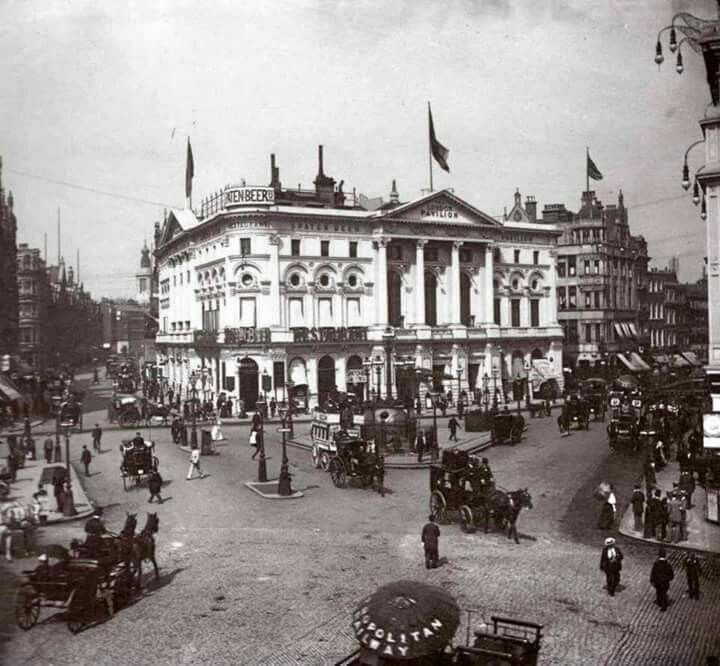 Piccadilly Circus c1890