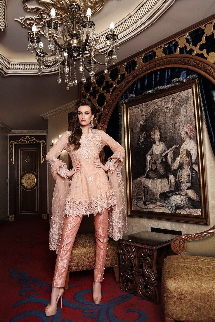 Maria B BD-905 Peach Mbroidered Wedding Edition 2017 Price in Pakistan famous brand online shopping, luxury embroidered suit now in buy online & shipping wide nation..
