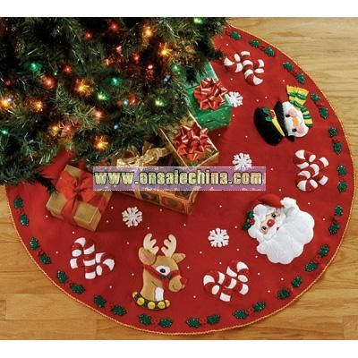 Bucilla Felt Applique Kit - Santa and Friends Tree Skirt
