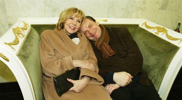 Jeden z nejstabilnějších párů českého showbyznysu: Hana Zagorová a Štefan Margita v roce 2004.