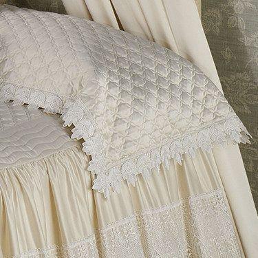 Trousseau Lace Bed Scarf