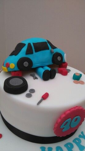 Mechanic cake.  Rkt car completely edible