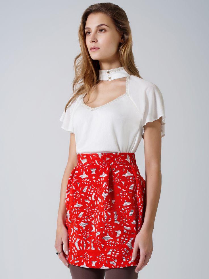 Ecru elegant blouse / red white net lace bubble midi skirt