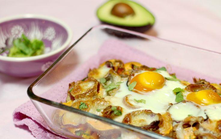 """Wanneer je regelmatig recepten van Cotton & Cream maakt, weet je dat ik gek ben op zoete aardappel. Gepoft, gebakken of verwerkt in een stamppotje: hier wordt mijn knorrende maag hartstikke gelukkig van. Ook is het fijn dat ik meestal wel een zak zoete aardappelen in de keukenkast heb liggen,... <a href=""""http://cottonandcream.nl/ovenschotel-met-zoete-aardappel-tonijn-en-avocadocreme/"""">Read More →</a>"""