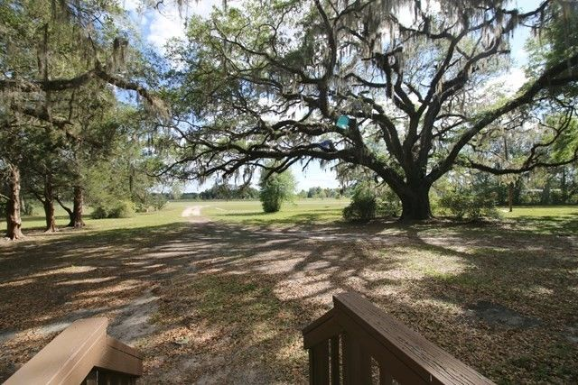 NORTH CENTRAL WILLISTON FLORIDA HOME FOR SALE – United Country – Country Homes