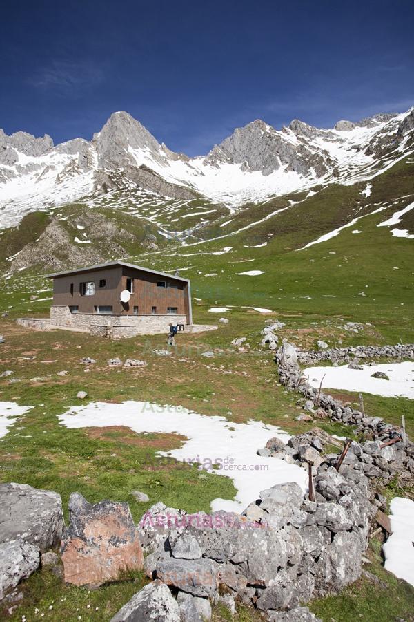 Refugio El Meicin, concejo de Lena. Parque Natural Las Ubiñas - La Mesa