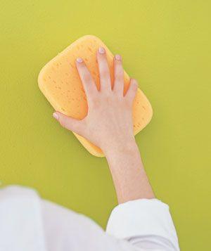 Για να πλυθεί ο τοίχος χωρίς νερό, θα τον τρίψετε με πατάτα κομμένη στη μέση και μετά θα τον ξεπλύνετε με υγρό σφουγγάρι…