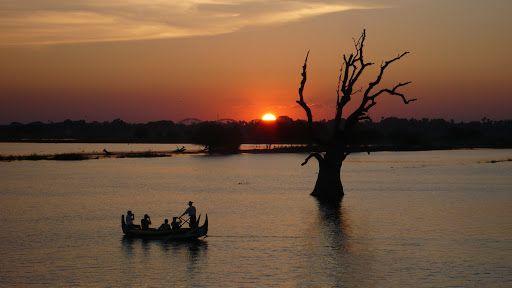 De la Birmanie à la Papouasie en passant par le Laos et le Cambodge   http://www.globe-trotting.com/#!itineraire-asie-du-sud-est-/ca5r   Crédit photos : Philomène Martinelli et Alexandre François