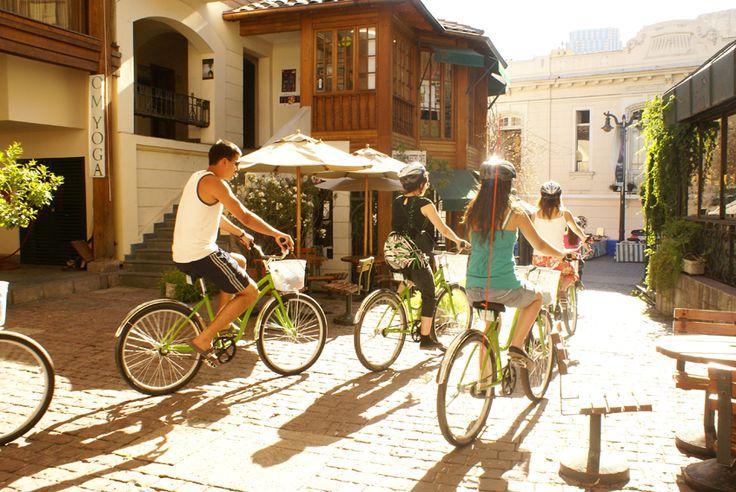 Presentan proyecto para impulsar barrio Lastarria como marca internacional