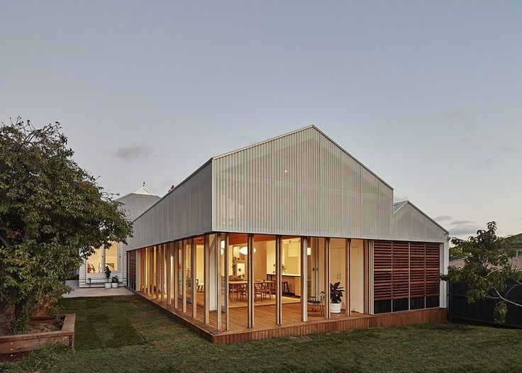 MAKE Architecture Adapted Japanese Sliding Timber Screens to Renovate an Australian Home