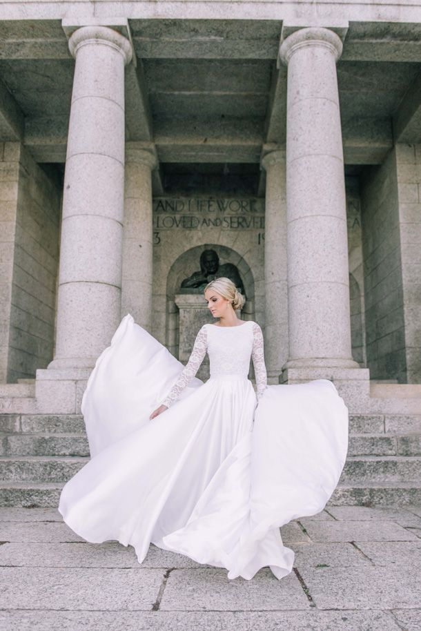 Fiona Mauchan Demi-Couture Collection | Clair Thomson | http://www.southboundbride.com/fiona-mauchan-demi-couture-collection/