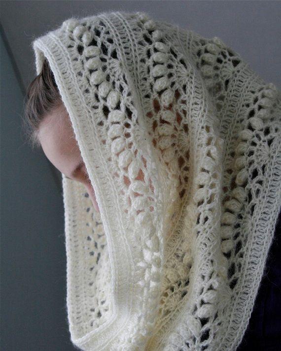 Crochet White Mohair Oversized Cowl Iris  par PatternsbyMarianneS - payant sur Etsy