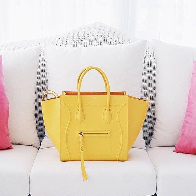 That yellow Phantom bag from Céline!  Follow the flawless @coltonscouture! WORLDWIDE shipping ✌️