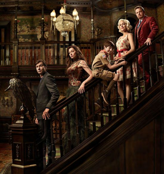 Mockingbird Lane Exclusive First Look: New Munsters Family Portrait Hints at Major Spoiler    Read More at: http://tvline.com/2012/10/18/mockingbird-lane-cast-photo-munsters/#utm_source=copypaste_campaign=referral