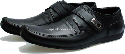Sepatu pria BSM 485 adalah sepatu pria yang nyaman dan elegan...