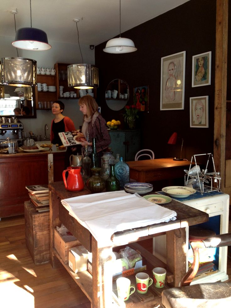 The Montage in Forest Hill - cafe, antiques shop and art gallery.