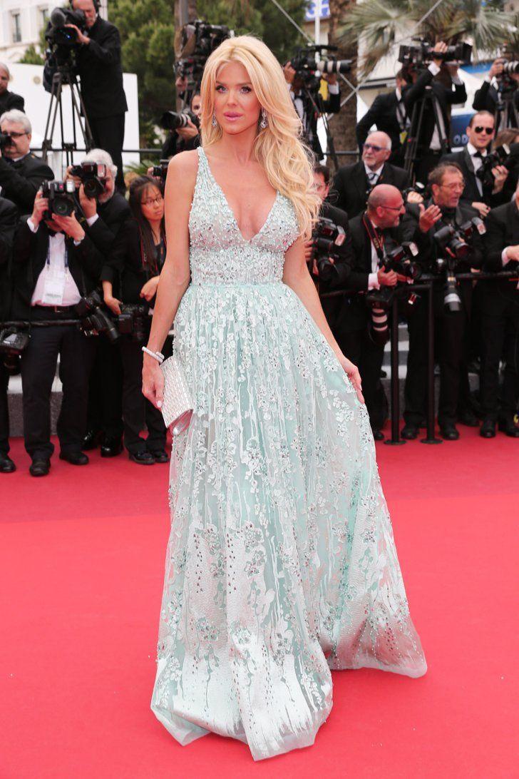 Pin for Later: Ne Manquez Pas un Seul des Looks Vus au Festival de Cannes Jour 3 Victoria Silvstedt