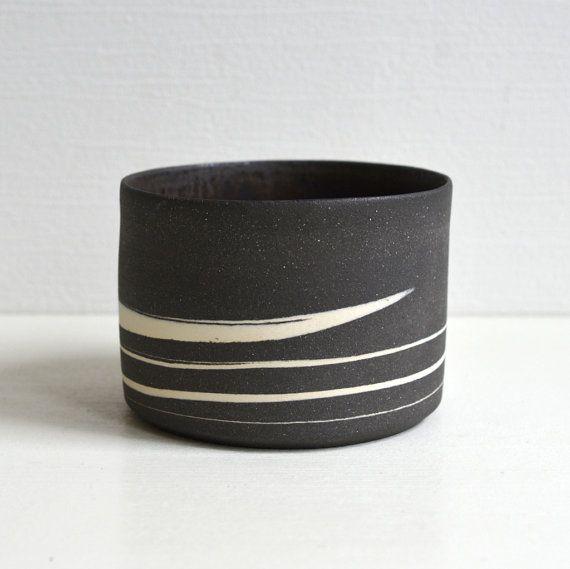 Schwarzer Marmor Chawan die Teeschale Bronze von WakakoSenda
