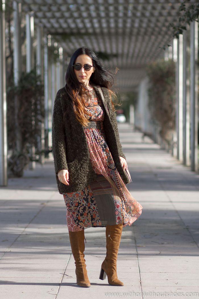 Aires Boho: Vestido estampado patchwork y botas altas de ante | With Or Without Shoes - Blog Influencer Moda Valencia España