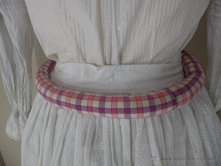 RODETE PARA DAR VOLUMEN A LA FALDA (Antigüedades - Moda - Mujer - Faldas)