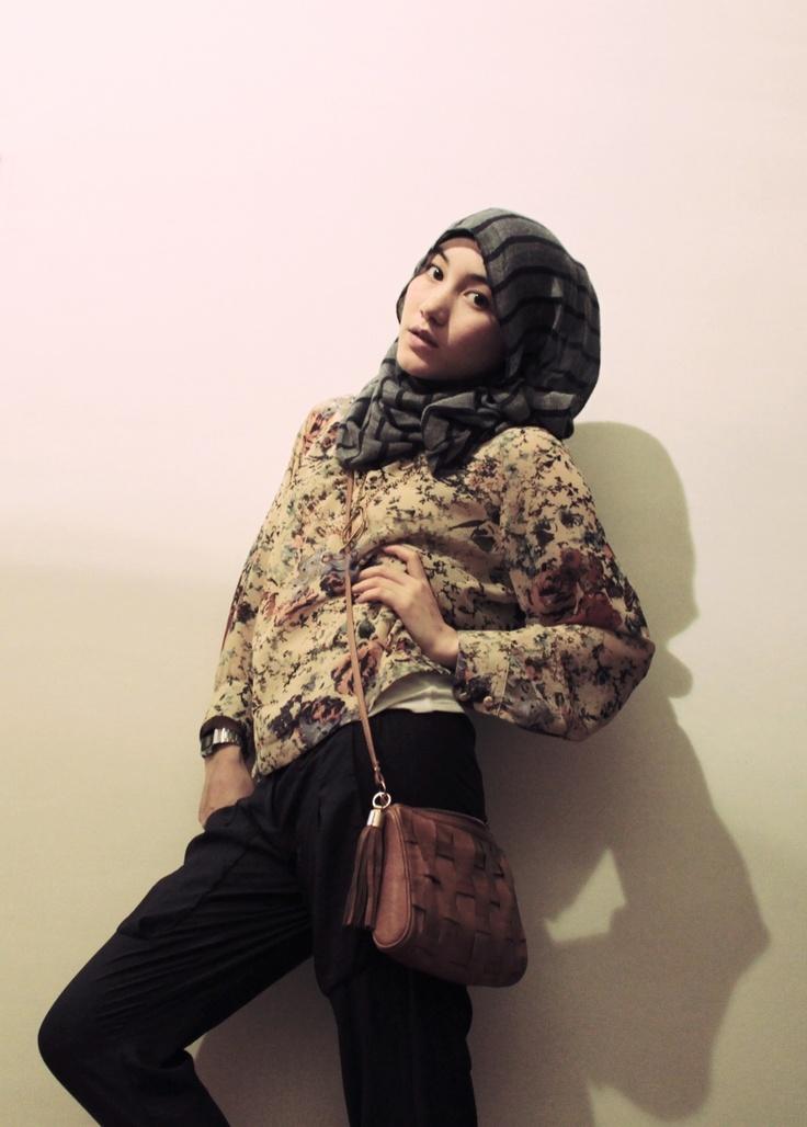 Hana Tajima hijab floral