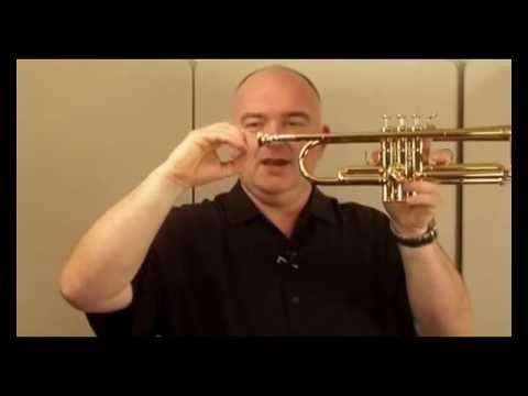 How to Play Trumpet [James Morrison Way] - 4/13 - Range - YouTube