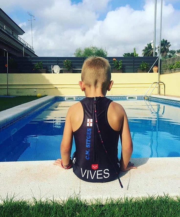 """""""El miedo es una reacción y el coraje una decisión"""" Taymory ofrece la posibilidad de personalizar las uniformes de equipos deportivos y grupos de amigos también para niños! Escríbenos a servicioaclientes@rejovi.com # tri #triatlon #triathlon #trikid #trikids #niñosdeportistas #personalizacion #customizacion #ropadeportivapersonalizada #grupodeamigos #equipos #trilove #taymory"""