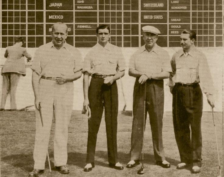 Escuela de Golf CElles  Copa del Mundo Montreal 1954 Carlos Celles y Sebastián Miguel junto a embajadores