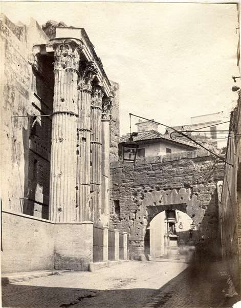 1860/65 Arco dei Pantani - vista dal lato dei Fori Imperiali.