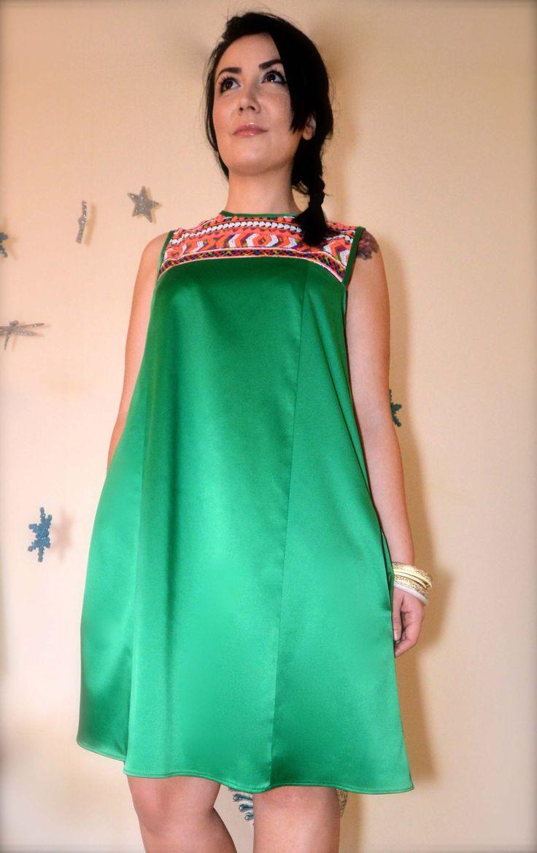 Rochie de zi din satin verde