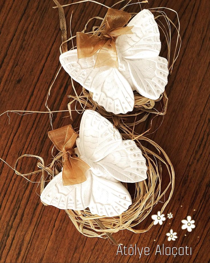Mis kokulu taşlardan kelebekler